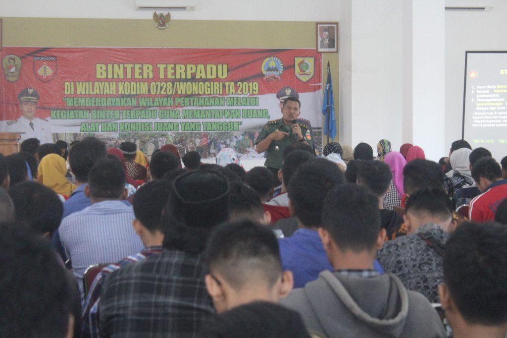 Kasdim 0728/Wonogiri Berikan Pembekalan Dalam Ekspedisi Bakti Pemuda PMK Untuk NKRI