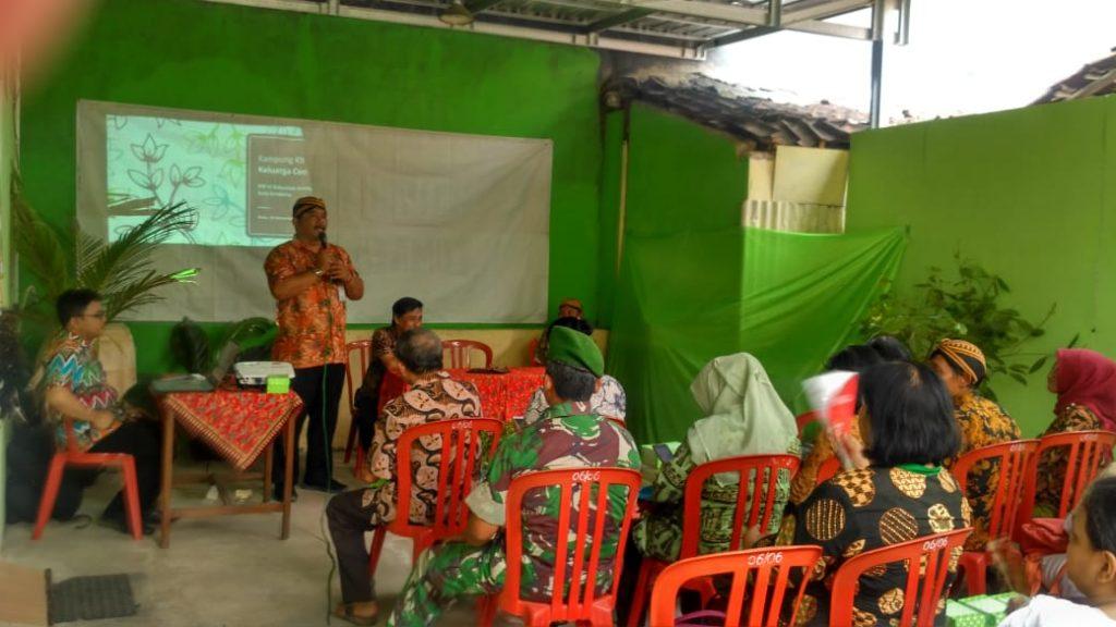 Babinsa Kelurahan Serengan Dampingi Tim Penilai Lomba Kampung KB Tingkat Provinsi