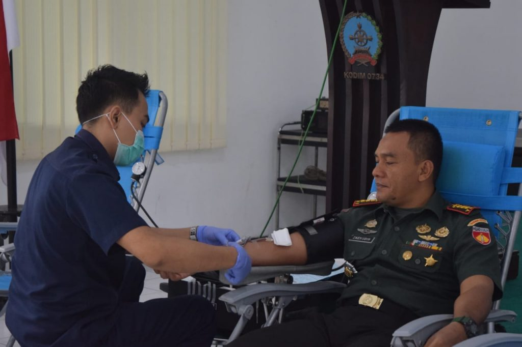 Kodim 0734/Yka Bekerjasama Dengan Palang Merah Indonesia (PMI) Kabupaten Bantul Menggelar Kegiatan Bakti Sosial Donor
