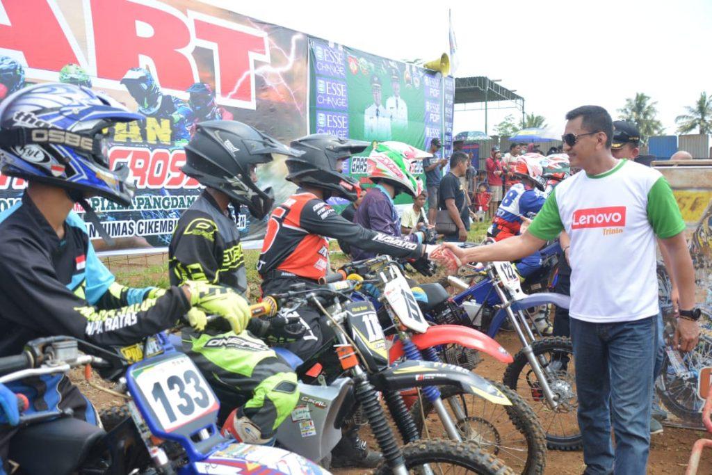 """Ratusan Crosser Ramaikan """"Sudirman Grasstrack & Motocross"""" dalam Rangka Hari Juang TNI 2019 memperebutkan Piala Pangdam IV/Diponegoro Ke-1 ."""