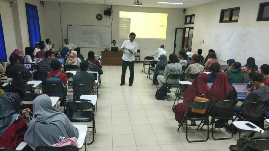 Proses Pendampingan Proposal PKM Kemendikbud 2020, Tim Pokja PKM ISI Surakarta adakan Workshop Finalisasi dan Unggah Proposal Sistem Daring