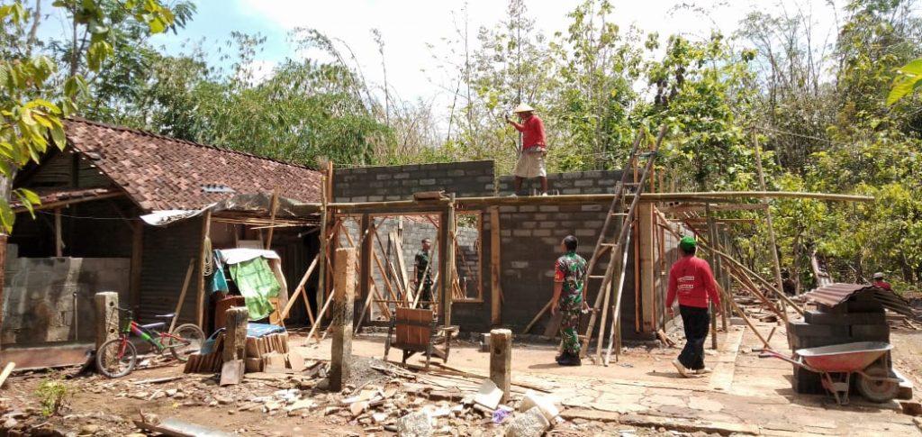 Koramil 11/Manyaran Rehab RTLH Di Dusun Pageyan