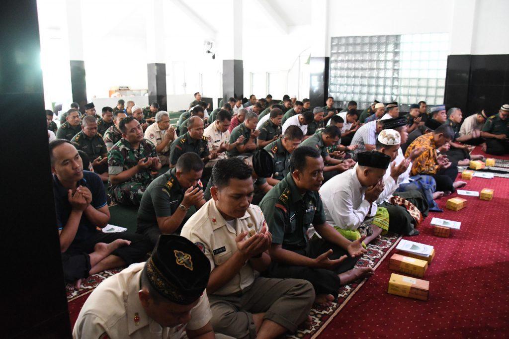 Doa Bersama Dalam Rangka Hari Juang TNI AD