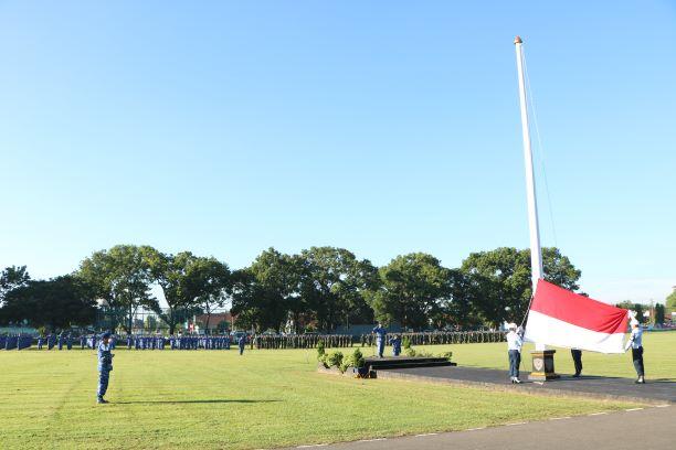 Pimpin Upacara Bendera 17-an, Dandepohar 50 bacakan amanat Panglima TNI