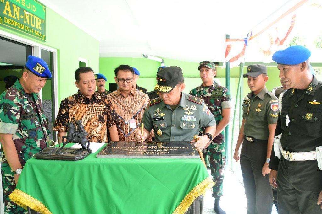 Danrem 074/Warastratama Resmikan Masjid An Nur Denpom IV/4 Surakarta