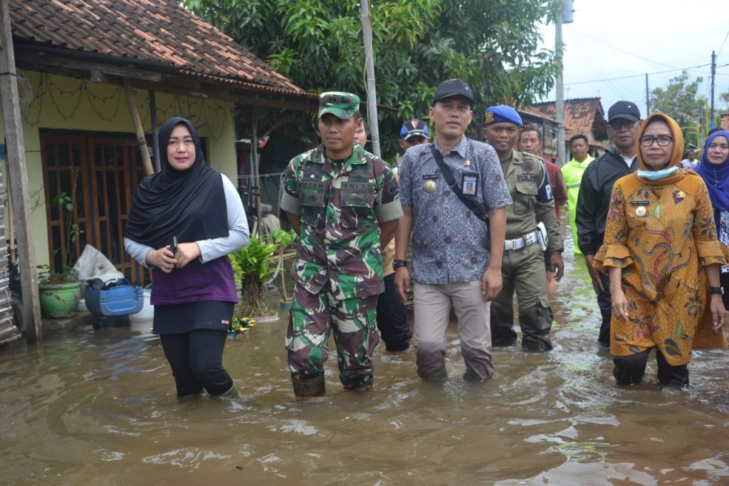 Banjir Pekalongan Ribuan Warga Mengungsi