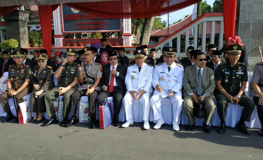 Kasrem 071/Wijayakusuma Hadiri Upacara Hari Jadi Ke-449 Kabupaten Banyumas