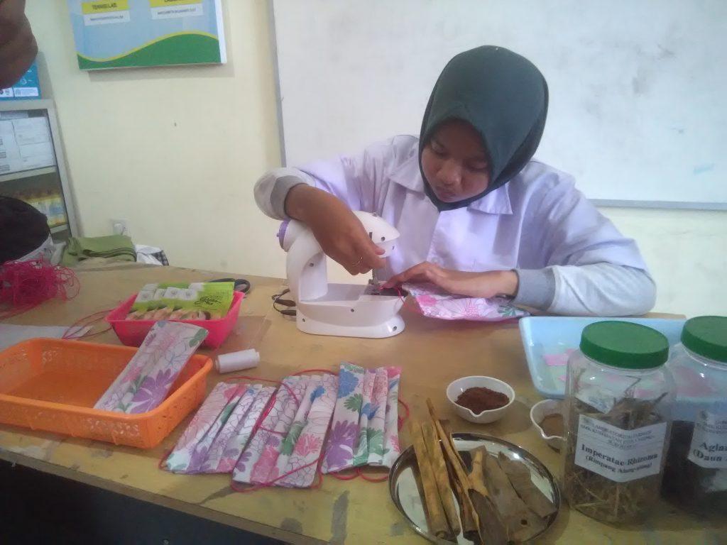 Produk Masker Herbal, Trobosan Baru SMK Kesehatan Citra Media Sukoharjo