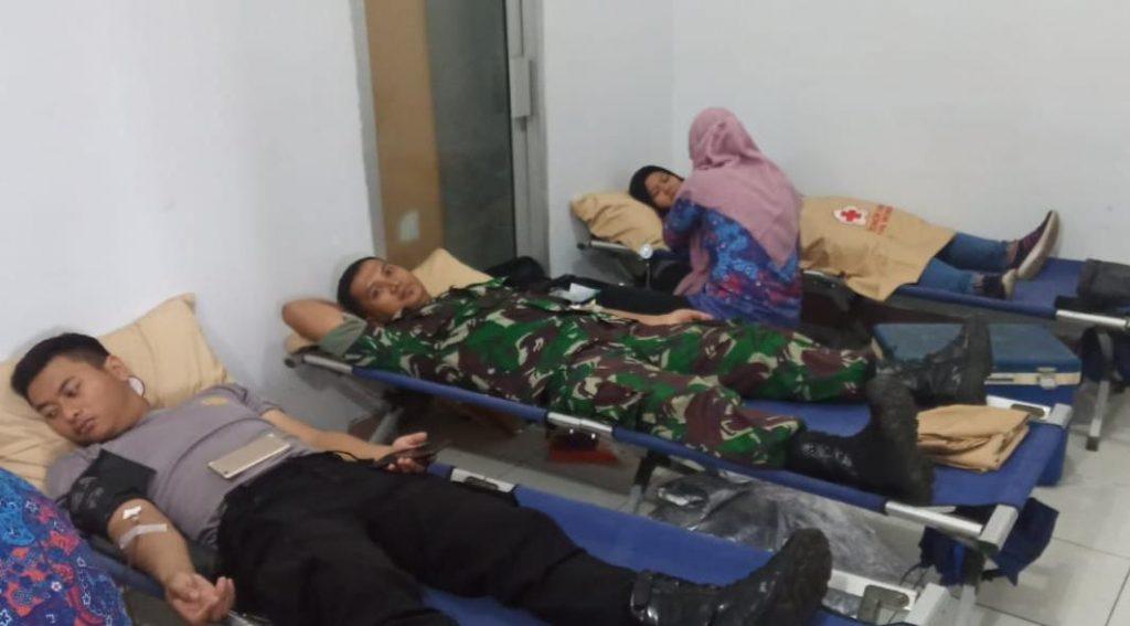 Bantu Ketersediaan Stok Darah, Anggota Kodim 0728/Wonogiri Datangi PMI