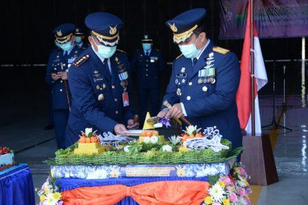 Upacara HUT Ke-74 TNI AU Secara Sederhana Namun Khidmat Di Lanud Iswahjudi