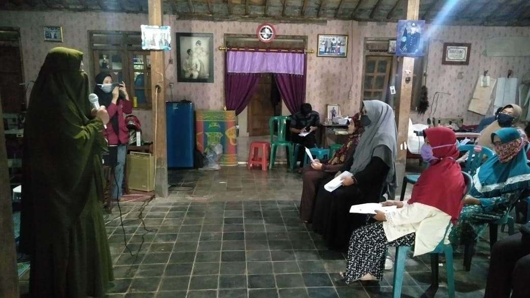 Photo of BEM Unisri Gelar Pelatihan Pembukuan Sederhana Guna UMKM.