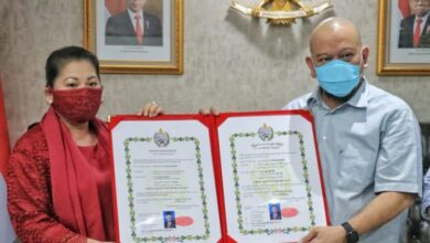 Photo of Koleksi Ribuan Keris Pusaka, Ketua DPD RI dapat Gelar Keraton Kasunanan Surakarta