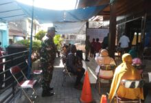 Photo of Begini Cara Kopda Guler Santana Dalam Mengamankan Pembagian BST Diwilayahnya
