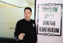 Photo of Henry Indraguna Bersilaturahmi di Fakultas Hukum UNS Surakarta