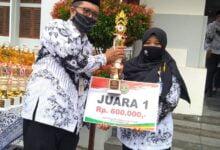 Photo of Nurul Fitria, Juara Satu Lomba Media Pembelajaran Tingkat Kota Surakarta