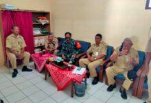 Photo of Babinsa Baru Jalin Silahturahmi Dengan Perangkat Desa Binaannya