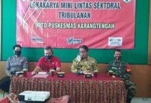 Photo of Wakili Danramil, Sertu Sutrisno Hadiri Loka Karya Mini Puakesmas Karangtengah